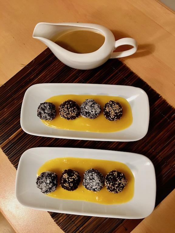 Rezepte: Süsses: Klebreis mit Kokos- & Mango-Sauce