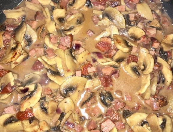 pilzragout - herbstlich - schnellundeinfach - kochen - rezepte - essen - wildsaison - vegan - glutenfrei - vegetarisch