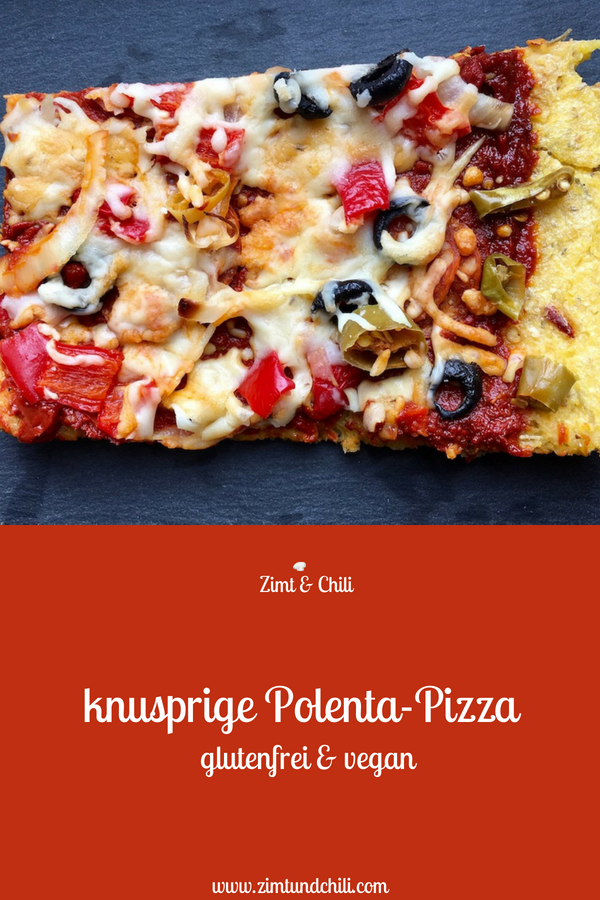 POLENTA-PIZZA - VEGAN & GLUTENFREI - Diese #Pizza ist #glutenfrei, da der Teig aus #Polenta gemacht wird. Der glutenfreiePizzaboden wird vorgebacken, dadurch wird er schön #knusprig. Die #Polentapizza ist #schnellundleicht gemacht und das #Rezept eignet sich für die #cleaneating Ernährung.