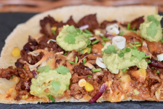 Rezepte: Hauptgerichte: Pizza Messicana - ein Stück