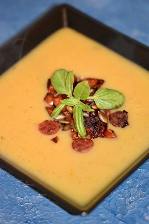 Kartoffelsuppe - klassisch - Kabanossi - Oma - einfach - milchfrei - glutenfrei - Rezept - schnelle - mit veganer Variante - beste - Comfortfood - Suppe