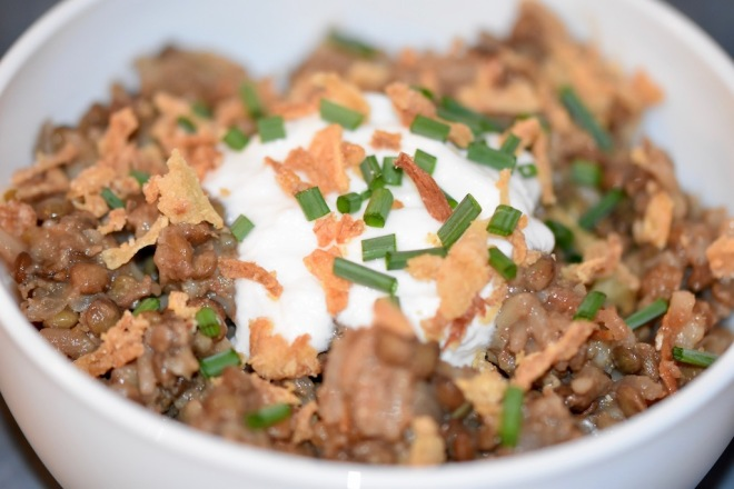 Libanesische Linsen mit Reis - Mujadarra - Rezept - arabisch - orientalisch - Linsen mit Reis und Zwiebeln - vegan - glutenfrei - arabisches Linsengericht - schnell - einfach - Mejadra