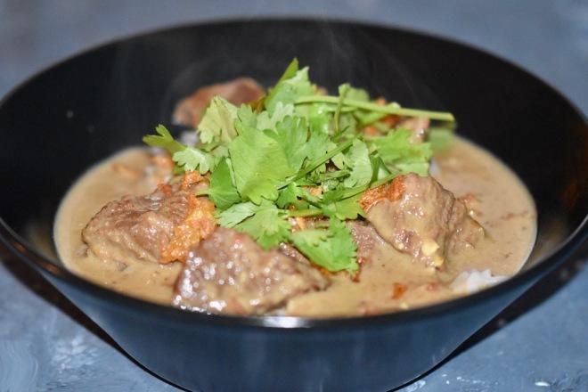 indonesisches Gulasch - Rendang Daging Sapi - Slowcooker - Ofen - Rendang - Beef Rendang - Rezept - einfach - Rindergulasch - Rendang Curry -Gulasch - glutenfrei - milchfrei